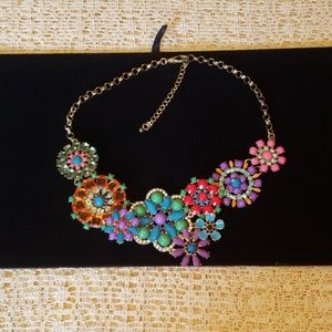 Jewelry - Multi-color statement floral bib necklace